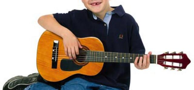 La ce vârstă se încep lecţiile de chitară?