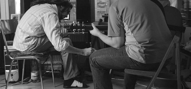 Lecţie de chitară cu Liviu