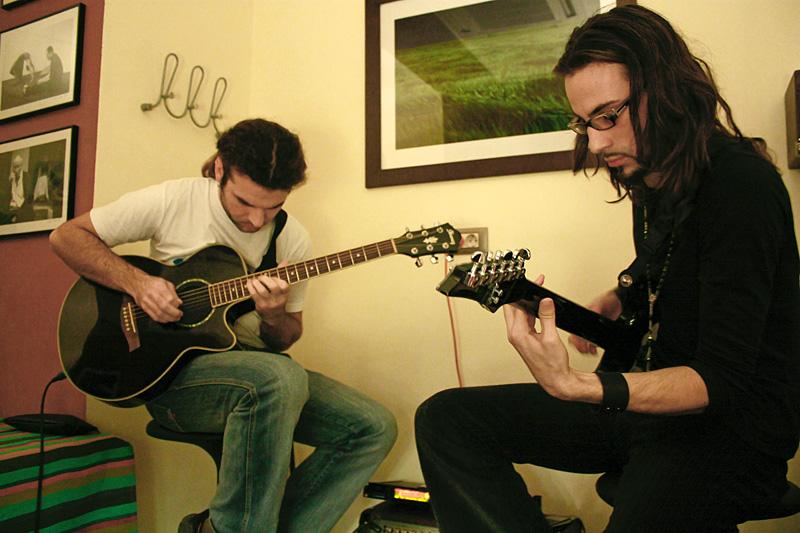 Marius Furduesc si Alec Sandor (lectii-de-chitara.ro)