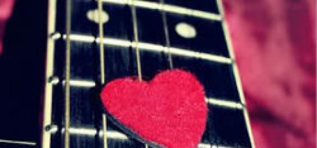 """Octav cântă """"Love Story"""""""