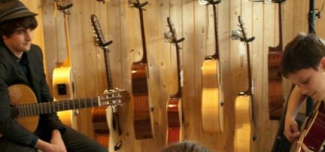 Sfaturi pentru cântatul la chitară în public