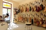 guitarshop-cluj1