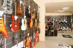 guitarshop-cluj5