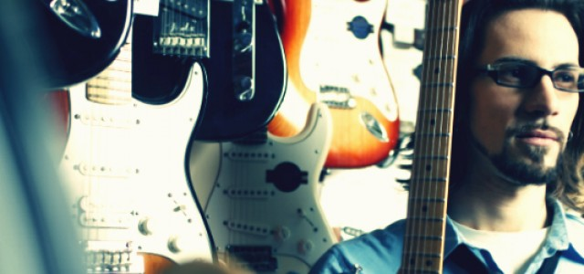 Alec Şandor: Profesor de chitară la academia Sylvain Lozac'h