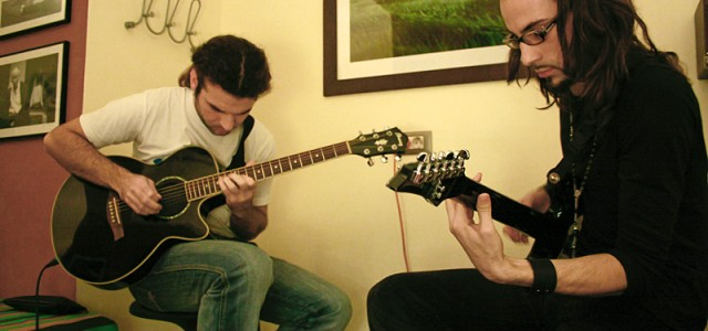 Lecţii de chitară (şi cu) Marius Furduescu